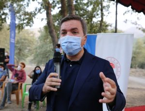 """Aksaray Valisi Aydoğdu: """"Biz gençleri anlamazsak bizim bir geleceğimiz olmayacak"""""""