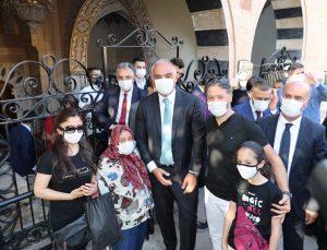 Bakan Ersoy, Hacı Bektaş Veli Müzesi'ni ziyaret etti