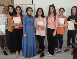 TÜGVA'dan lise öğrencilerine kaynak kitap desteği