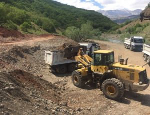 Tunceli'de asfaltlama ve bakım onarım çalışmaları