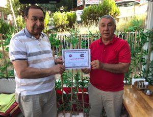 Ünsal, Orhan Nesip Kesemen'e teşekkür belgesi verdi