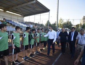 Vali Soytürk, Kilis Belediyespor antrenmanını ziyaret etti
