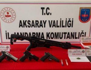 Aksaray'da uyuşturucu ve silah ticareti yapan 3 şüpheli yakalandı