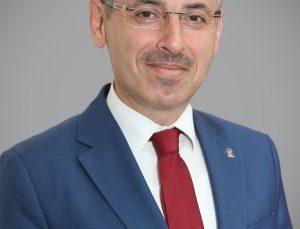"""Başkan Çopuroğlu: """"Tüm demokrasi şehitlerimizi rahmetle anıyoruz"""""""