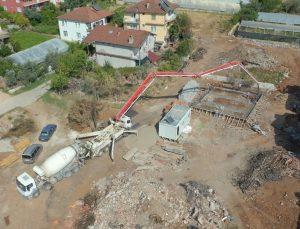Çandır'da evi küle dönen 85 yaşındaki Ayşe teyzeye yeni ev inşa ediliyor