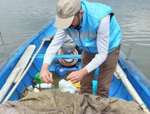 Eğirdir Gölü'nde 40 santim altında sazan balığı avlamak yasak