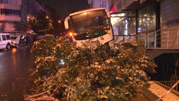 Esenyurt'ta feci kaza: Midibüsün altında ezilerek can verdi