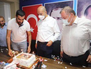 Gençlik Kolları Başkanı Kara'ya doğum günü sürprizi