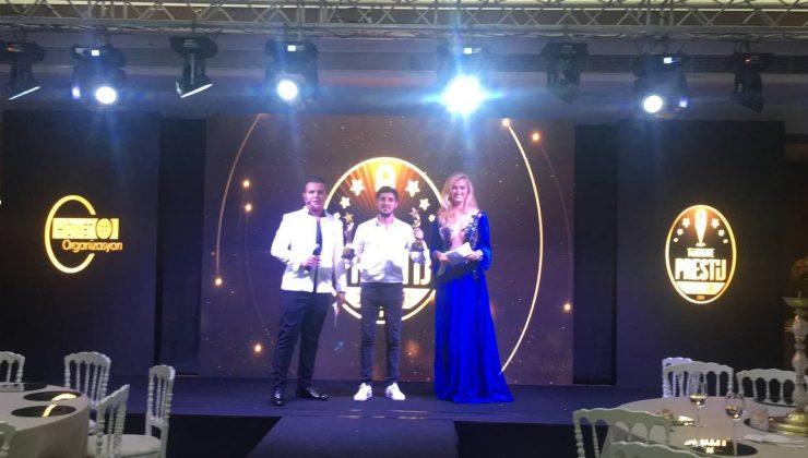 İHA ve TGRT'ye yılın en iyi ödülleri