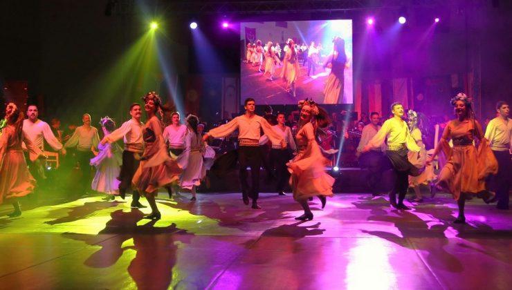 İzmir Devlet Türk Dünyası Dans ve Müzik Topluluğu, Denizlililer için sahne alacak