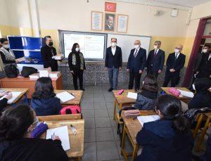 Konya Büyükşehir'den öğrencilere destek