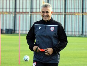 """Mehmet Altıparmak: """"Antrenörlük hayatımda uzun süredir böyle bir mağlubiyetim olmamıştı"""""""