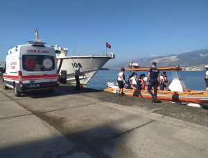 Gemi kaptanının yardımına Sahil Güvenlik koştu