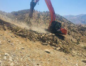 Şenoba belediyesinde 3 yerde yol yapımı