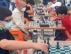 'Sokakta Satranç Var' etkinliği geniş bir katılımla yapıldı