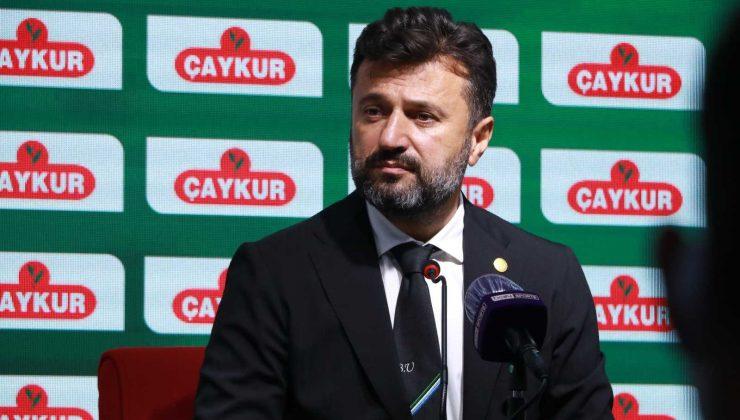 Süper Lig'e kötü bir başlangıç yaparak 6 haftada sadece 1 puan toplayan Çaykur Rizespor'da Teknik Direktör Bülent Uygun ile yollar ayrıldı.