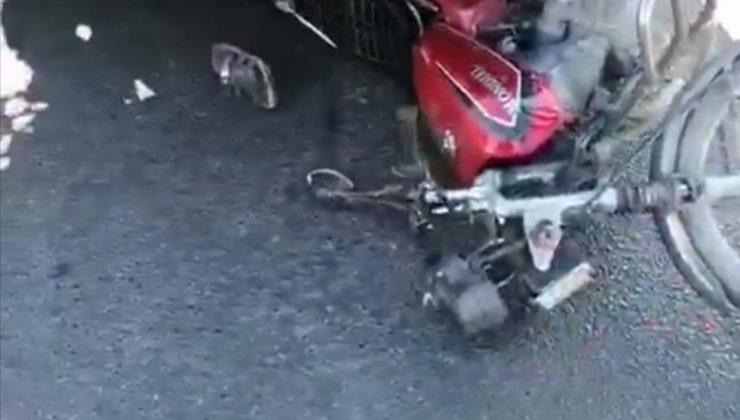 Tarsus'ta motosiklet ile mikser çarpıştı, baba kız yaralandı