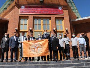 Tavşanlı ve Domaniç Hayme Ana MYO'lar turuncu bayraklarını teslim aldı