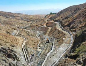 Van Büyükşehir Belediyesi'nin 21 kilometrelik sulama kanalı projesi 6 mahalleye can suyu olacak