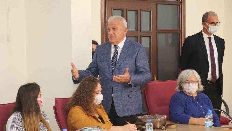 Efeler Belediye Başkanı Atay, ADÜ'lü öğrencileri ağırladı