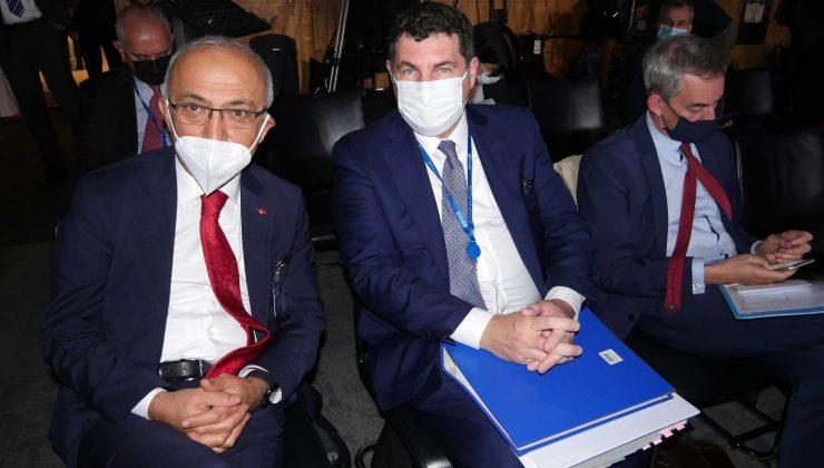 Hazine ve Maliye Bakanı Elvan Paris'teki OECD toplantısına katıldı