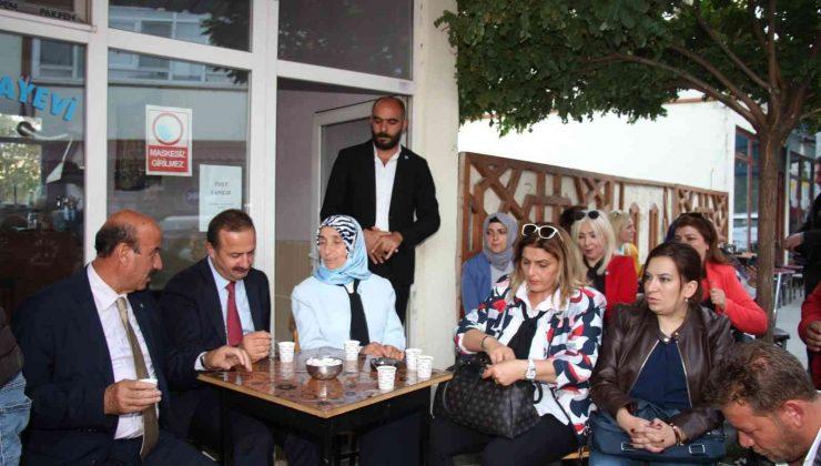 İYİ Parti Genel Başkan Yardımcısı Ağıralioğlu, Erzurum'da esnafın sorunlarını dinledi